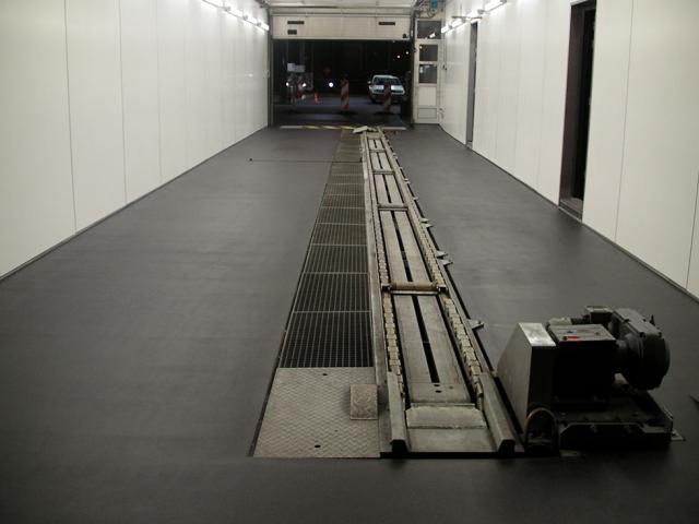 Gietvloeren garages devafloor